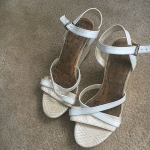 Shoes - White wedge summer sandals